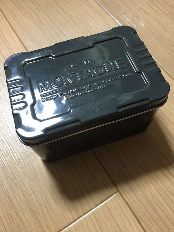 セリア缶1